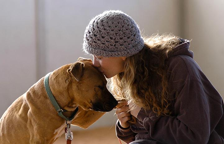 Caregiver Carissa with Vicktory dog Oscar